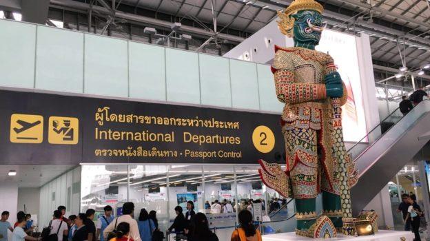 Иммиграционная полиция Таиланда проводит проверки иностранцев