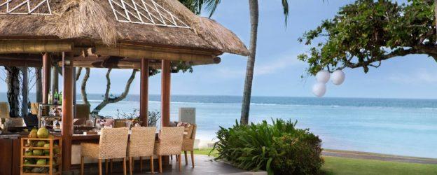 Westin Resort Nusa Dua Bali — Дети заняты, родители счастливы!