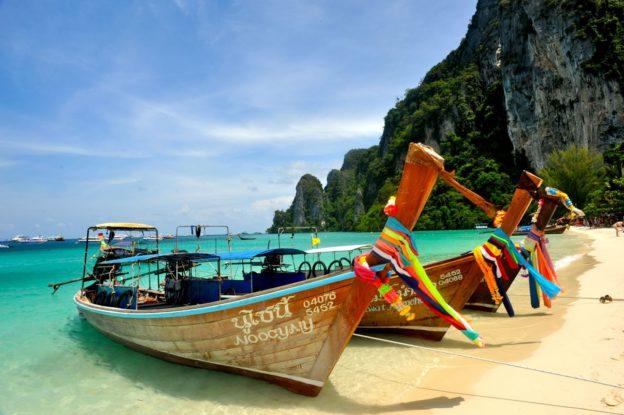 Таиланд продлевает отмену визового сбора по прибытию в страну