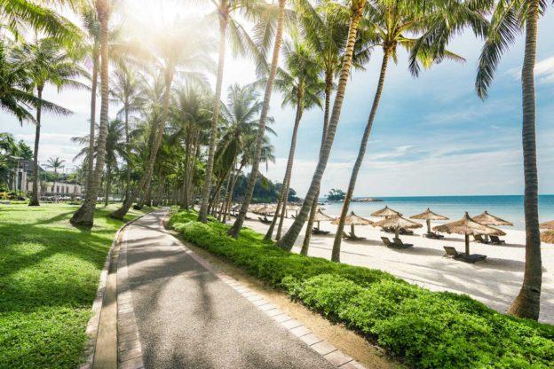 Остров Бинтан в Индонезии ждет своих гостей!
