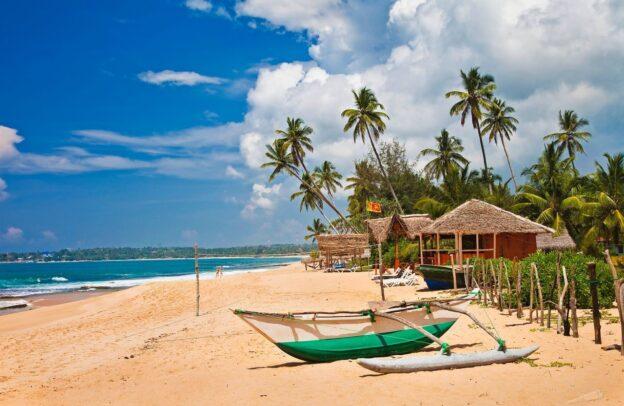 Влада Шрі Ланки пом'якшує карантинні обмеження для туристів